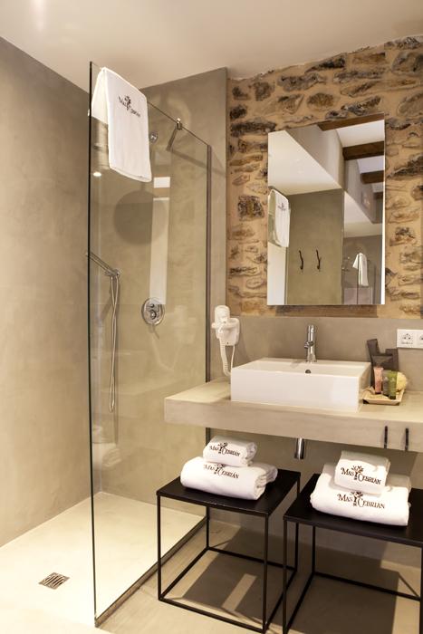 decoración baños hotel